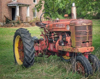 Photography, Primitive, Antique Tractor, Farmall Tractor, 11 x 14 Inch Photographic Print