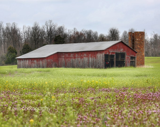 Photography, Old Barn Near Hodgensville, Kentucky, 11 x 14 Inch Photographic Print, Old Barn Pic