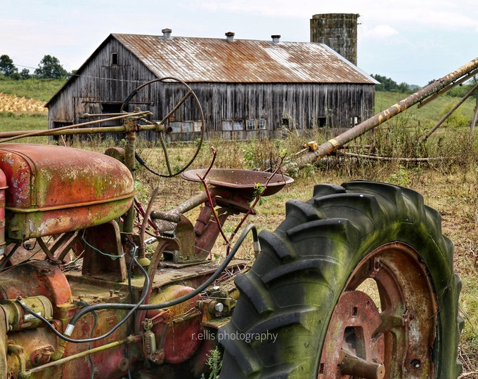 Photography, Tobacco Barn And Old Farmall Tractor, Near Stanford Kentucky, 11 x 14 Inch Photographic Print