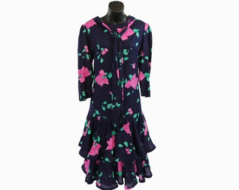1980s Belle France Vinatge / Floral Party Dress / Ruffles / Jane Schaffausen / Rose Print / Navy Blue / Size 8 / Drop Waist Flapper Style