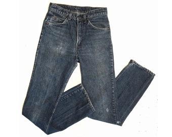 1980s Levi Vintage / Patched Blue Jeans / Unisex Pants / Rugged Bottoms / Dark Wash Denim / Mom Jeans / For Her or Him