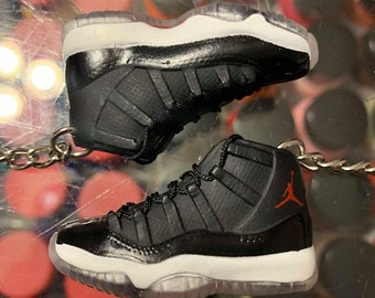 the latest 7890d 8c21f 2015 Nike Air Jordan XI 72-10 3D Keychain