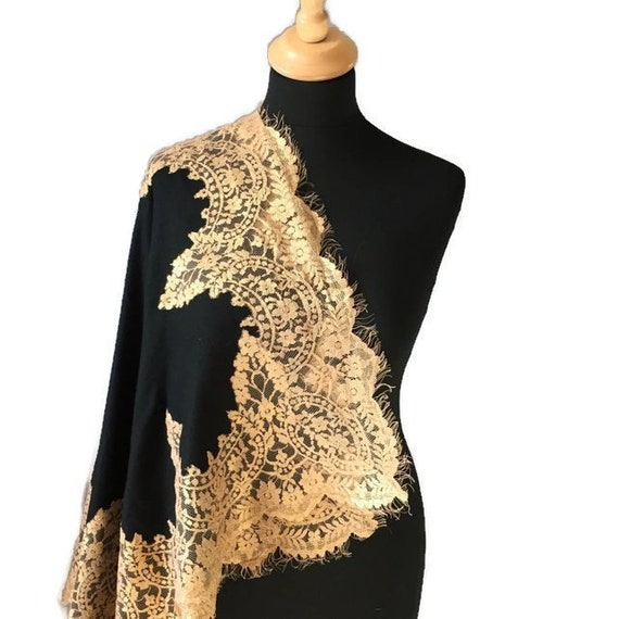 Gold and Black Pashmina Shawl, Gold Zari Scarf, Mother's Day Gift, Present for Mom, Gift for Aunt, Warm Formal Coverup, Glittery Scarf