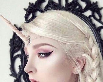 Peach gloss unicorn horn tiara