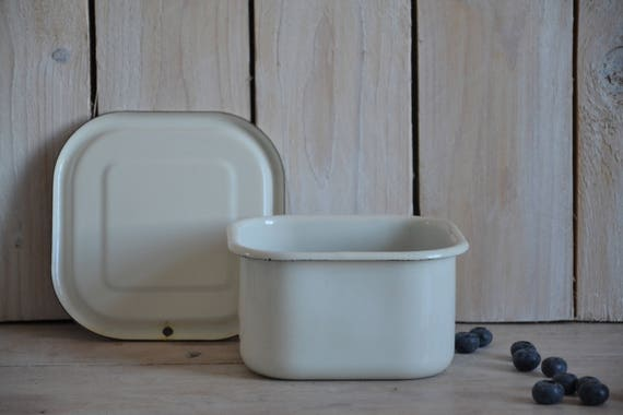 Vintage white enamel dish, Refrigerator box, Container with lid, White enamel tray, Enamel pan, Enamel box, Enamelware, Enamel container