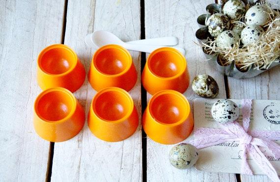 Vintage chicken egg bowl set, Cup for egg in original box, Egg holder, Eating a egg cup, Funny egg bowl, Egg dyeing cup, Vintage Easter