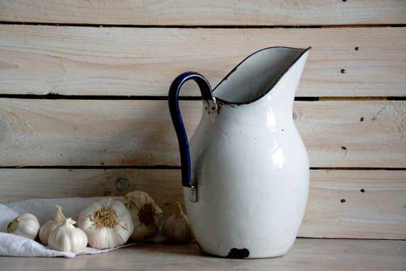 Vintage enamel pitcher, White enamel teapot, Coffee pot, White enamel kettle, Enamel pitcher, Enamel decor, Enamel tableware