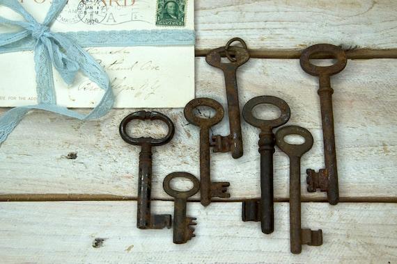 Old rusty key, Large rusty key, Vintage key, Vintage skeleton key, Old rusty skeleton key, Antique skeleton key, Old iron key, Metal key