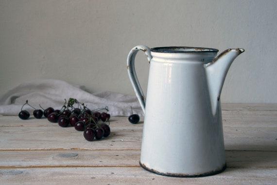 Vintage enamel kettle, Big enamel teapot, Large enamel kettle, Vintage enamel coffee pot, Enamelware pitcher, Photography props