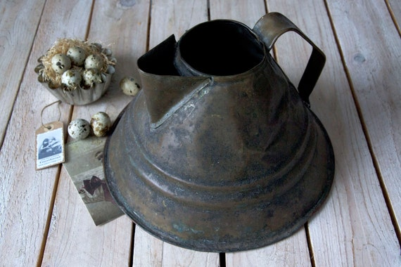Antique kettle, Teapot, Coffee pot, Rustic lidded pitcher, Rustic pitcher, Vintage kitchenware, Shabby chick display, Rustic wedding decor