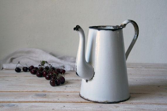 Vintage enamel kettle, White enamel teapot, Large enamel kettle, Enamel coffee pot, Enamelware pitcher, Photography props