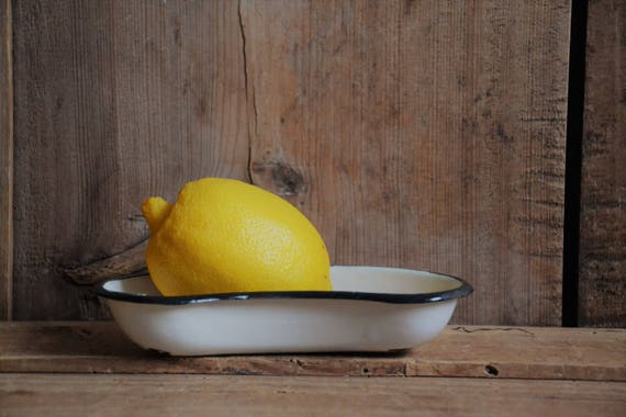 Vintage kidney-shaped bowl, White enamel steel kidney pan, Large kidney pan, Hospital ware, Laboratory dish, Medical dish, Large soap dish