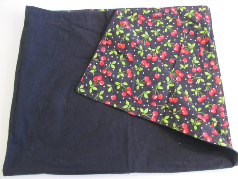 Vintage Blankets Vintage Tablecloths Lap Blankets Throws Tablecloths Cherry Decor Cherry Tablecloth Cherry Blanket Quilts Fabric