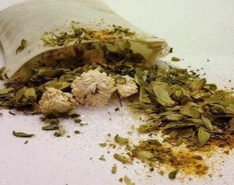 Dog Bath Crystals and Herbs                                                                                                     100% Organic