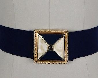 Vintage 80s Belt cinch Grey Elastic Strech  leaves  faux pearls buckle