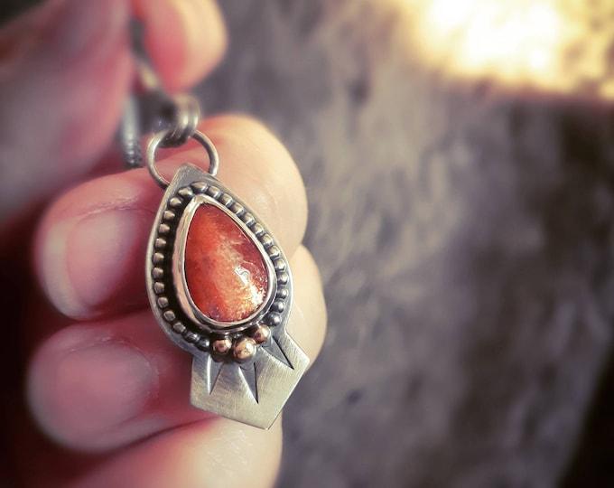 Sunstone tear drop pendant, sunstone pear shape pendant, sunstone silver pendant, silver sunrays pendant, sterling silver sun pendant