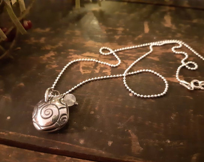 Cute swirl silver pendant, sterling silver swirl pendant, fine silver, moonstone bead pendant, artisan jewelry, OOAK small moonstone pendant