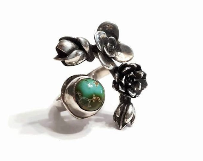 Adjustable flowers sterling silver ring, succulents ring, small turquoise ring, crown of flowers, boho chic ring, size 7.75- 8.75, Quebec