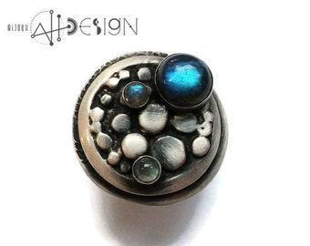 Adjustable Fine silver ring, Rustic ring, polka dot, rocks, moon, blue flash labradorite stones, made in quebec