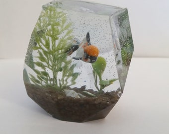 Handmade Resin Miniature Goldfish Koi Pond Geode Aquarium Paperweight Figurine