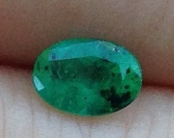 0.55 Carat Natural Emerald Oval 4.5x6.25mm Natural Green Gemstone