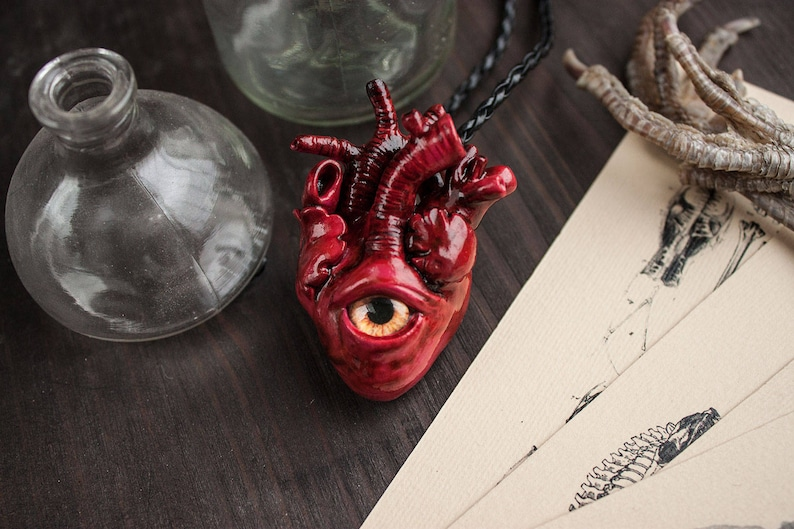 Hearts jewelry Anatomical realistic bloody heart necklace Evil eye brutalist Valentines day gift for her him Polymer clay horror pendant