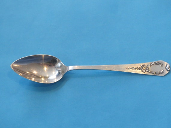 S TOWLE STERLING CITRUS//FRUIT SPOON OLD COLONIAL