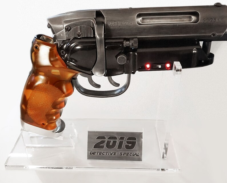 Blade Runner LAPD 2019stand onlyDetective Special Prop image 0