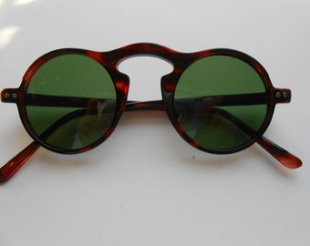 1931755470675 Vintage round Faux Tortoise brown keyhole sunglasses with quality green  glass lenses