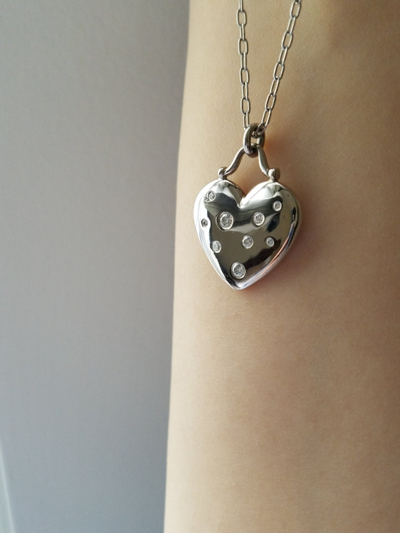 b33afb6a3ebee Vintage Retired Authentic Tiffany & Co Etoile 18K White Gold Diamond Heart  Charm Pendant Necklace
