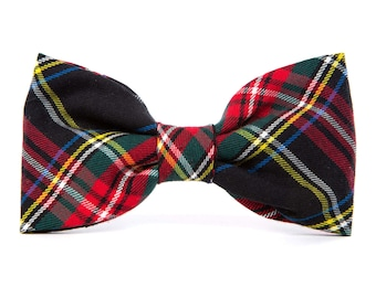 Stewart Cotton Dog Bow Tie // Black plaid holiday dog bowtie // Over-the-collar dog bowtie // Slip-on pet bow tie // Wedding dog bow tie