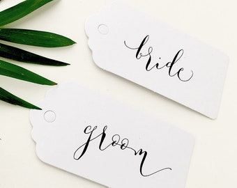 Cheap recycled white luggage tags with calligraphy / wedding place cards / wedding name tags / place cards / white tags for place settings