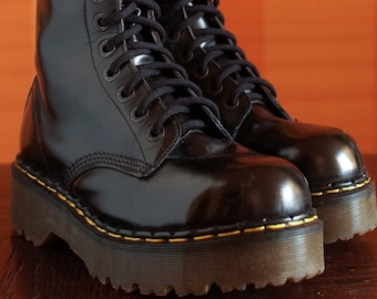 Most wanted vintage platform Dr Martens Steeltoe  boots Made in ENGLAND 10eylet DOCS drmartens Grunge