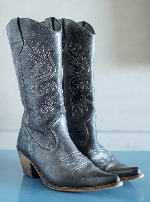 vintage cowgirl gray/dark blue western boots cowbo