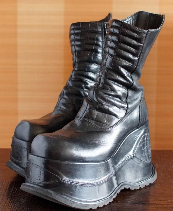 BUNKER super high platform boots 90's black Club K