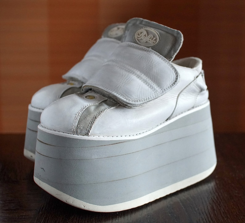 0a40892096cf BUFFALO Tower 10cm white silver techno 2000 Platform Rave Club