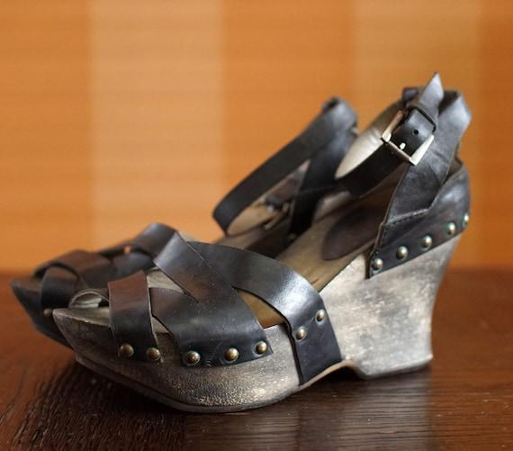 IXOS vintage designer platform sandals wooden clog