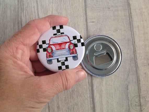 Kühlschrank Uhr Magnetisch : Rote mini auto magnet flaschenöffner für kühlschrank etsy