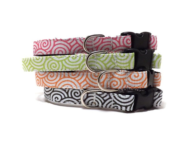 The Tidal Wave - 4 colours | Cat Collar with Bell