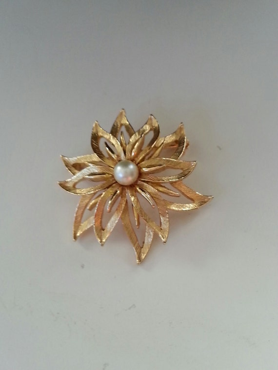 Lisner Brooch - Lisner Jewelry - Vintage Lisner Br