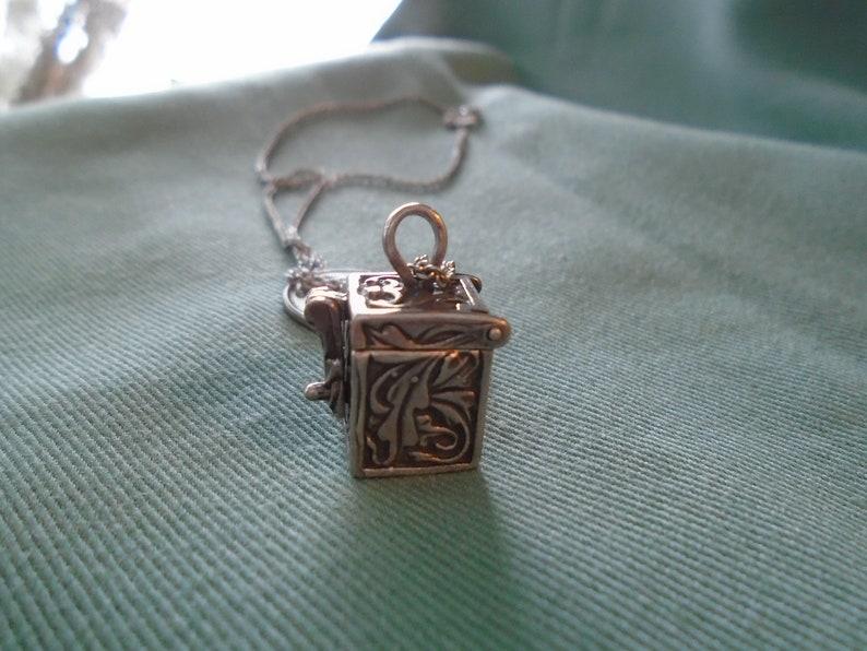 PrayerTrinket Secret Box Ornamented 925 Silver NecklacePendant