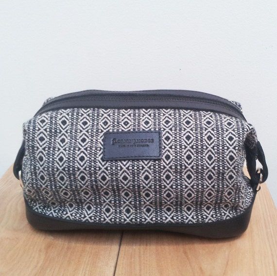 Mens Leather Toiletry Bag Recycled Fabric & Leather