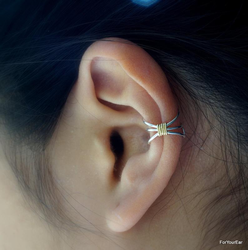 10Simple Three Line Non Pierced Ear Cuff SILVER BODY image 0