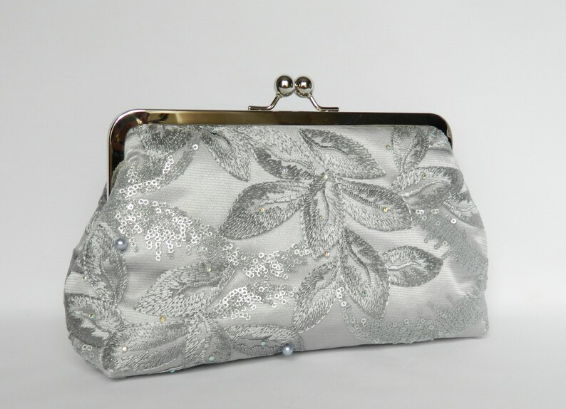 5b7bc3a182 Silver Bridal Clutch Bride's Clutch Bag Silver Grey | Etsy