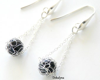 Wire crochet earrings - Knitting earrings - Crocheted earrings - black silver earrings - Onyx earrings - Jewelry made in France