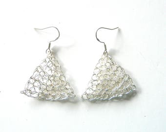 Silver plated triangle earrings made by crochet.