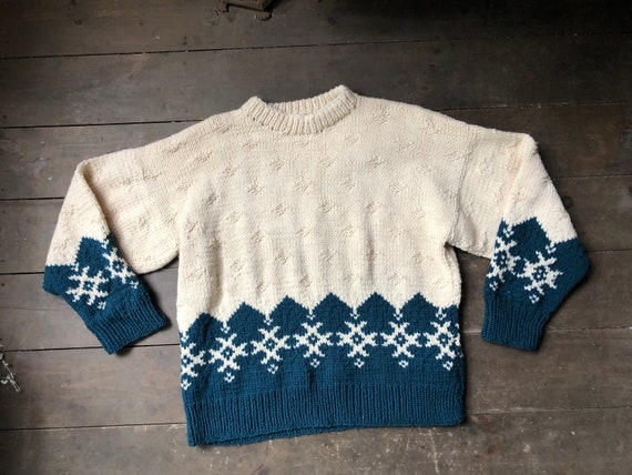 Hand Knit Snowflake Pullover Sweater || Knit Pullo