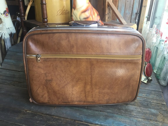 Jetliner Suitcase || Soft Shell Suitcase || 1970s