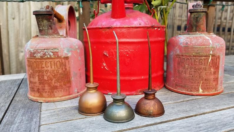 Trio of Vintage Mini Oil Cans, Retro Garage, Industrial Chic, Rustic Home  Decor, Vintage Garage, Petroliana, Garage Collectable, Prop