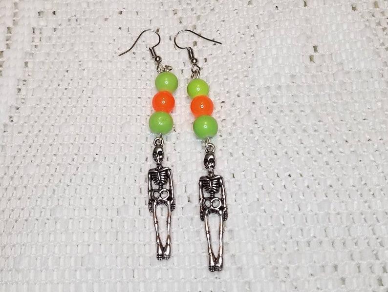 Halloween dangle drop earrings